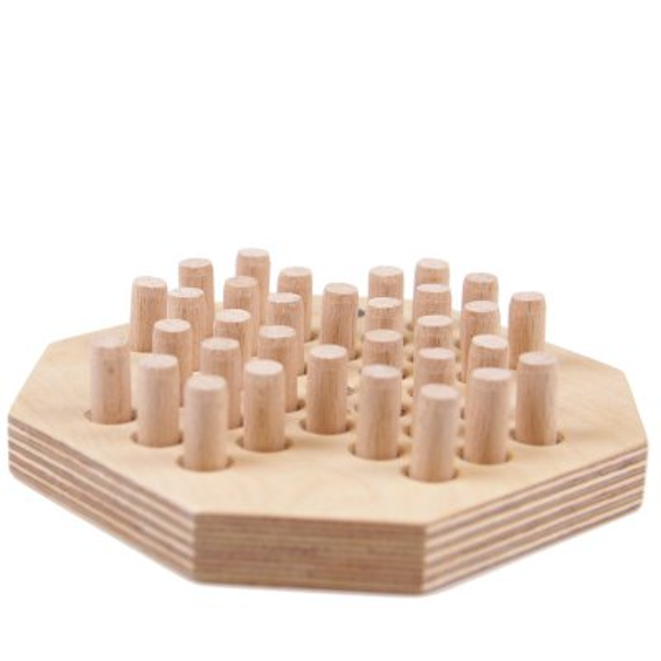 Solitär Spiel aus Holz - Solitär Brettspiel aus Holz aus eigener Produktion.
